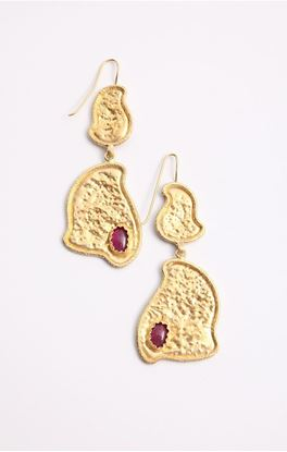 Picture of Venus Collection: Golden Leaf Link Danglers