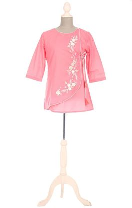 Picture of Whiff Of Wildflowers Collection: Crochet and Aari Embroidery Tie-up Floral Tunic